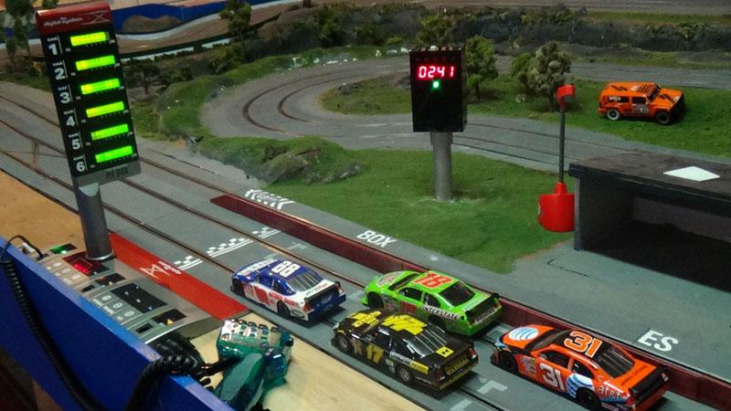 & Start Light for SCX Digital now available - Slot Car Illustrated Forum azcodes.com